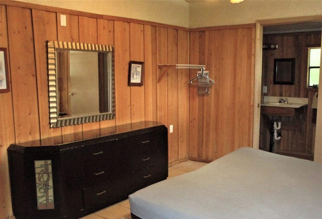 Chalet Master Bed & Dresser